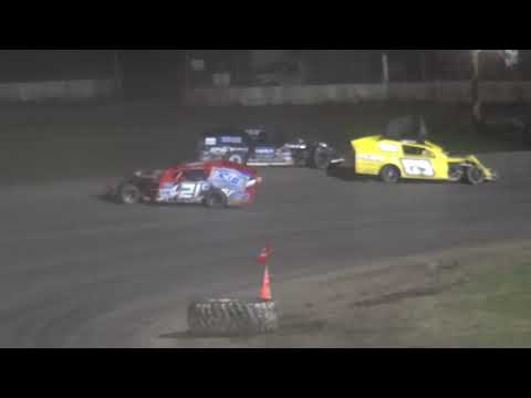 IMCA Modified B-Main 1 Davenport Speedway 9/21/18