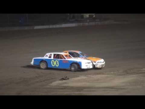 IMCA Stock Car feature Independence Motor Speedway 8/5/17