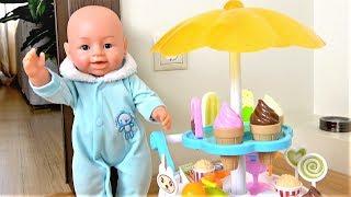 Dolls Pretend Play Selling Ice Cream