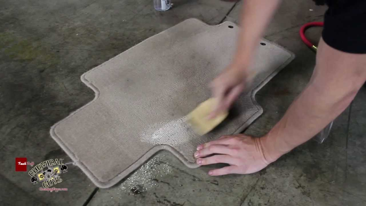 How To Remove Carpet Stains - Durrmaid Super 1600 Hot Water Extractor - Chemical Guys Car Care - YouTube