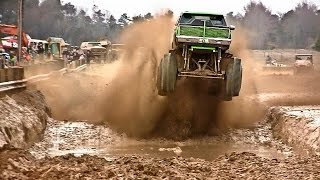MONSTER TRUCKS IN MUD
