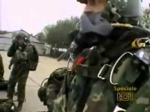 col moschin. 9° reggimento incursori paracadutisti.