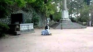 飯盛山の白虎隊のお墓の前の広場にて・・・
