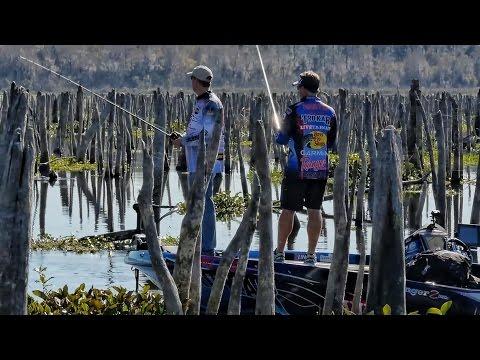 Bass Fishing a DRAINED LAKE - Rodman Reservoir - SMC Episode 12:13
