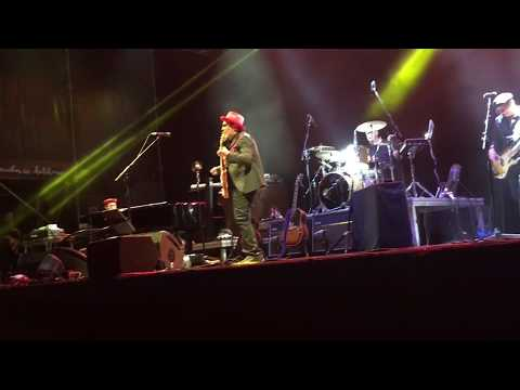Elvis Costello & The Imposters - On Your Way Down (Toussaint) Madrid, 21-06-18