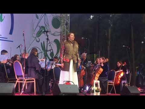 Алина Яровая (солистка Московской областной филармонии)