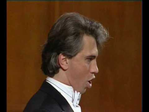 Hvorostovsky in 1990 - Caro mio ben (Giordani)