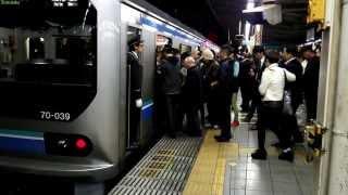 【帰宅ラッシュ】遅延した埼京線車掌の無理ある行動 thumbnail