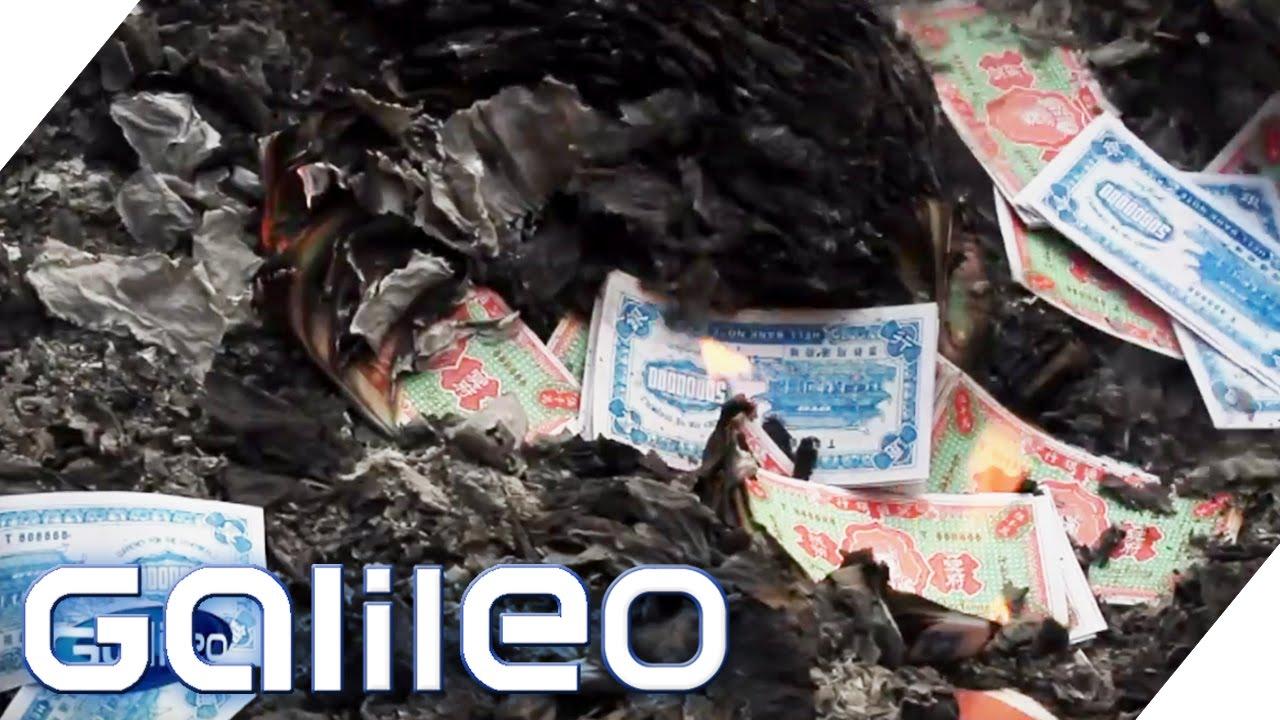 Joss Paper - Wenn Buddhisten Geld verbrennen | Galileo | ProSieben