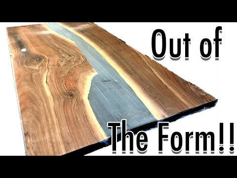 Building an Epoxy Conferece Table with a Black River || Part 2