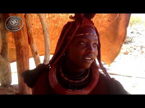 Visita a un poblado Himba, norte de Namibia