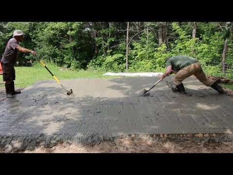 POURiNG a Concrete SLaB for the Off GRiD Outdoor Kitchen #4