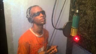 Going far away !! - Da Ginues Ft. Mafjoski..*Flow Zone Productions Aruba* Mixtape.