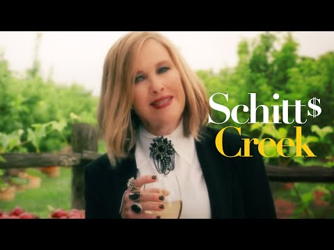 Schitt's Creek is so much more than its title - Vox