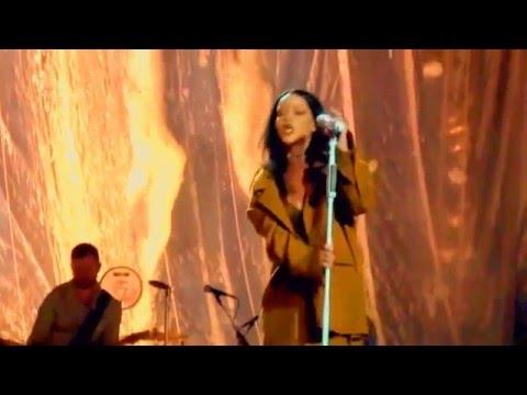 Rihanna Love On The Brain Live Anti World...