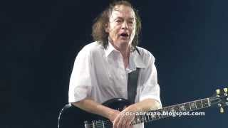 ANGUS YOUNG AC/DC Let There Be Rock Solo Barcelona, Spain 29 May 2015