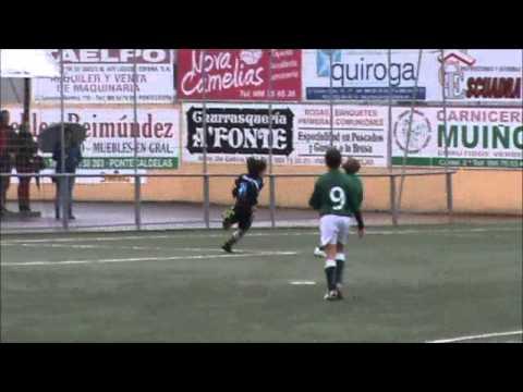 El niño que sueña futbol - LA VOZ DE GALICIA