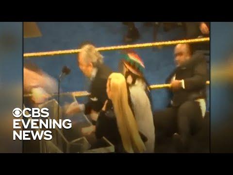 Vern - WWE Legend Bret Hart tackled during Hall of Fame speech!