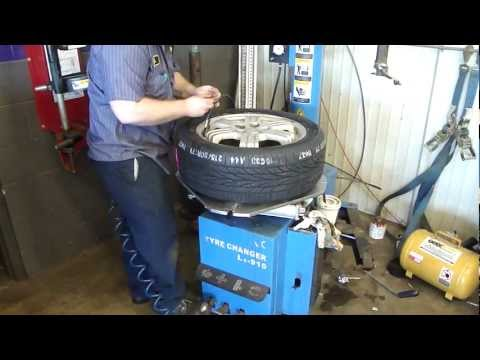 Tire Changer For Up To 24