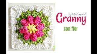 Cómo hacer un Granny square con flor a crochet. SUSCRIBETE thumbnail