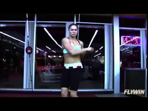 Ронда Роузи(Ronda Jean Rousey)красотка в UfC