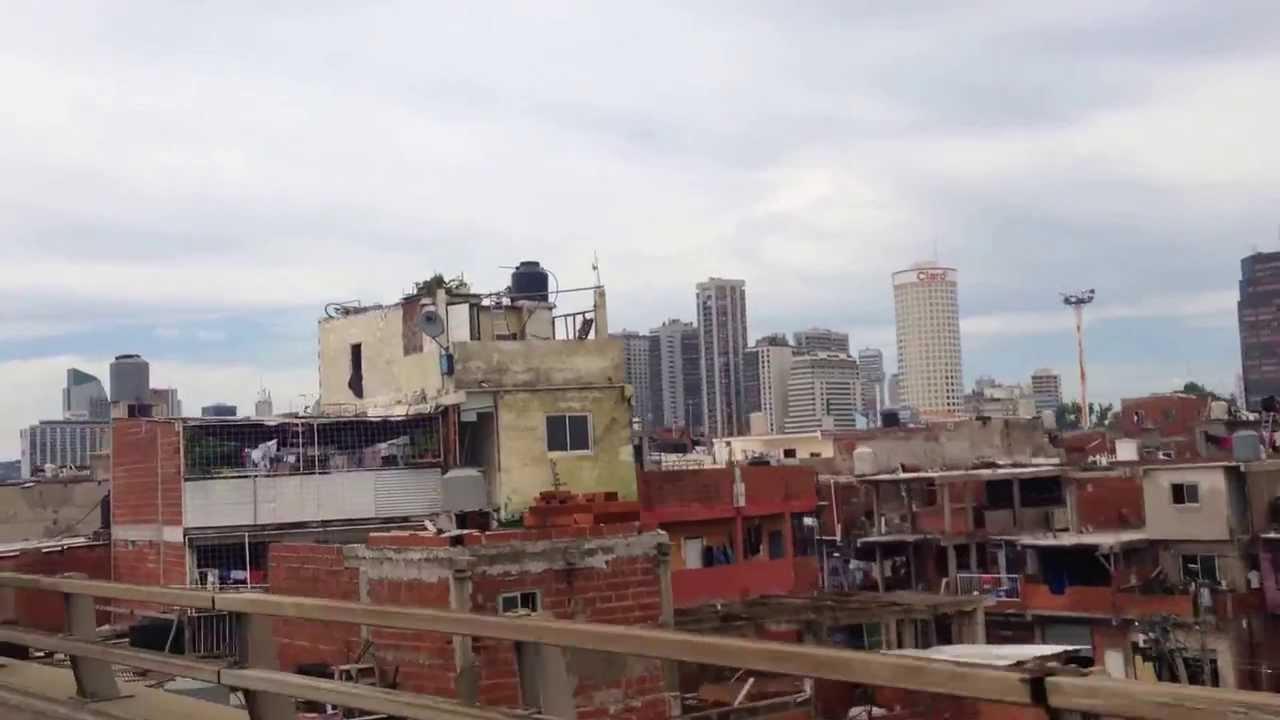Villa 31 de retiro buenos aires argentina youtube for Villas miserias en argentina