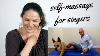 Massaging my bum on the internet
