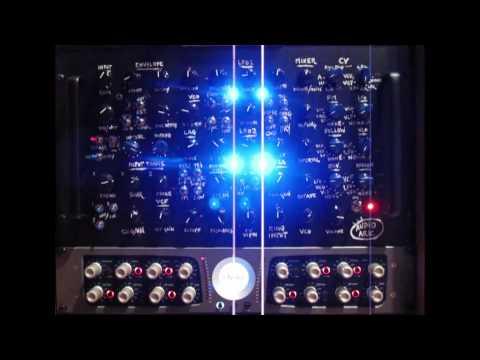 SnazzyFX:  The Audio Ark + Cello w Charles Lindsay