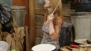 Sesame Street: Evelyn Glennie Plays the Drums