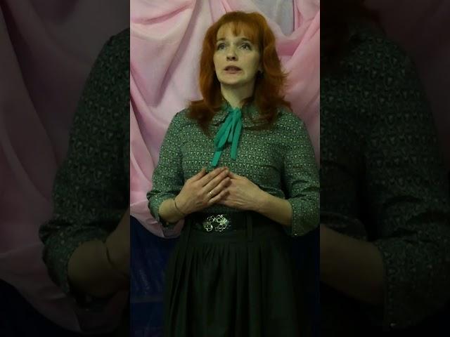 Изображение предпросмотра прочтения – РаисаРомановская читает произведение «В Париже» М.И.Цветаевой