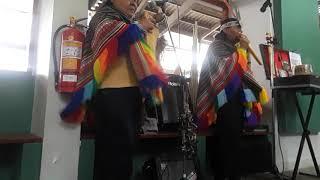 OLLANTAYTAMBO MUSICA ANDINA PERU RAIL CUSCO PERU