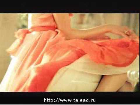 Реклама Даниссимо: Творожно-клубничное пирожное Даниссимо