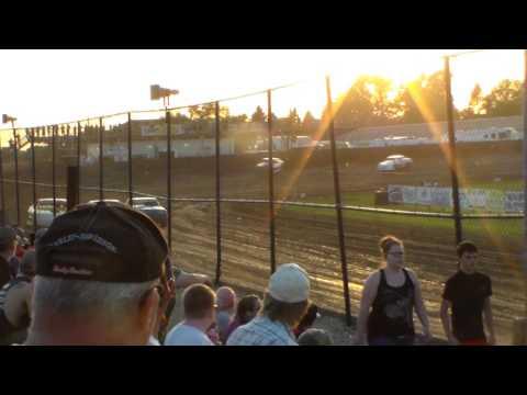 Stock Car Heat 1 @ Marshalltown Speedway 06/02/17