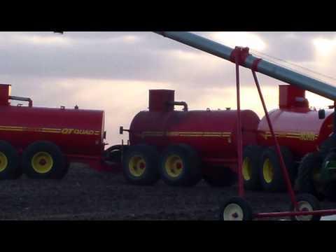 15,000 GAL Triple-Tank Manure Spreader