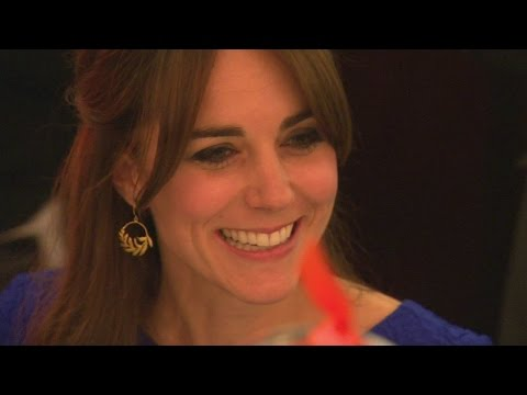 duchess-of-cambridge-attends-fostering-excellence-awards-in-london