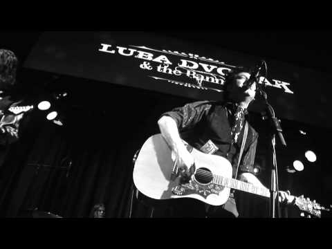 "LUBA DVORAK & THE BANNED ""Never Look Back""-HD"