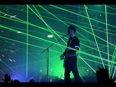 Muse - Resistance (With Lyrics)