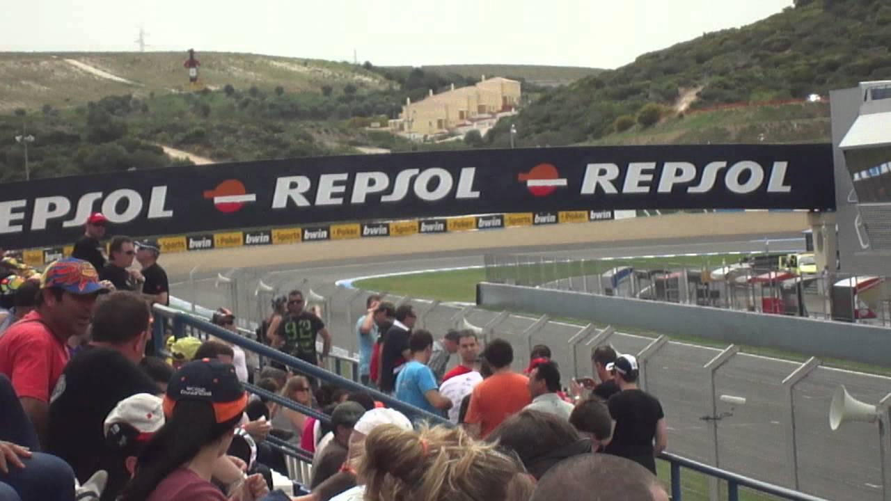 Circuito Jerez : Ambientazo tribuna vip circuito jerez entrenamientos sabado