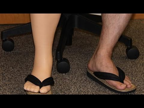 3-D Printer Makes Prosthetic Legs Less Costly