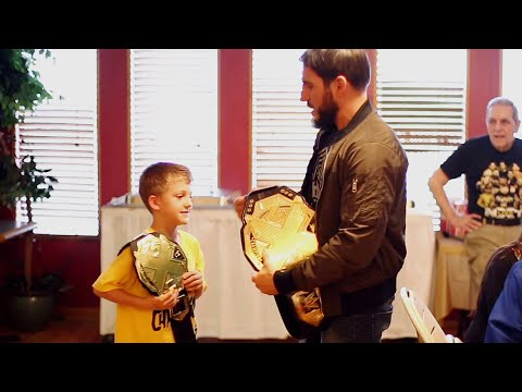 Johnny Gargano Spends Quality Time With Friends & Family (Target: NXT TakeOver)