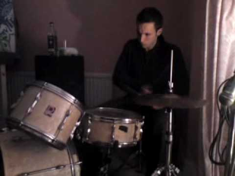 Drum and bass Drumming