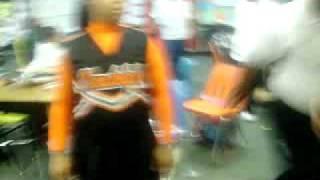 Dha Cheerleadaz N Udell Doin Their Jumps At Skool