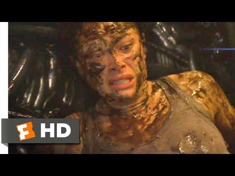 Skyline (2010) - The Alien Bodyguard Scene (10/10) | Movieclips