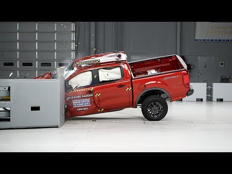 2019 Ford Ranger crew cab driver-side small overlap IIHS crash test