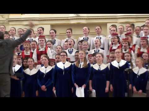 """Я. Дубравин """"О чём мечтают дети на планете"""" - Сводный хор участников V ДЮХЧМ"""