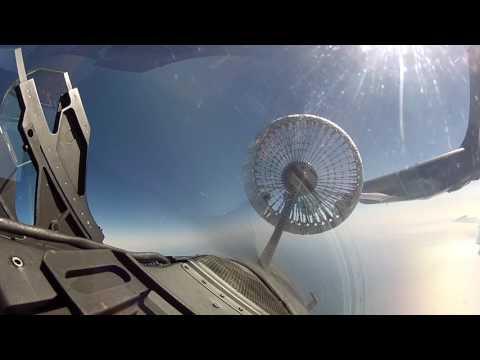 Convoyage et ravitaillement en vol des Mirage 2000N