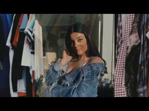 [VIDEO] - Kylie Jenner Outfits Fashion Lookbook Ideas 9