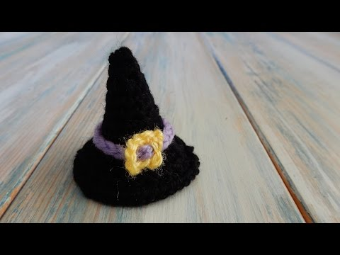 How to Crochet a Mini Witches Hat