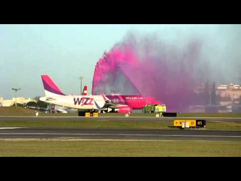 ✈ Wizz Air FIRST EVER LANDING in Lisbon Airport ✈