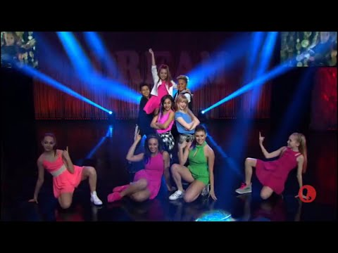 """Dance Moms - The Girls Say Goodbye - Mackenzie Performs Her Song """"I Gotta Dance"""" (S6,E20)"""